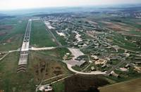 Flugplatz Bitburg 1988 (By Camera Operator: Sgt. Paul Tubridy, USAF [Public domain], via Wikimedia Commons)